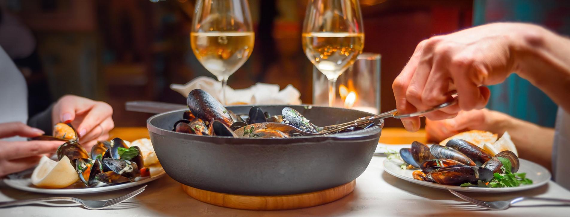 Фото - Вечеря в середземноморському ресторані